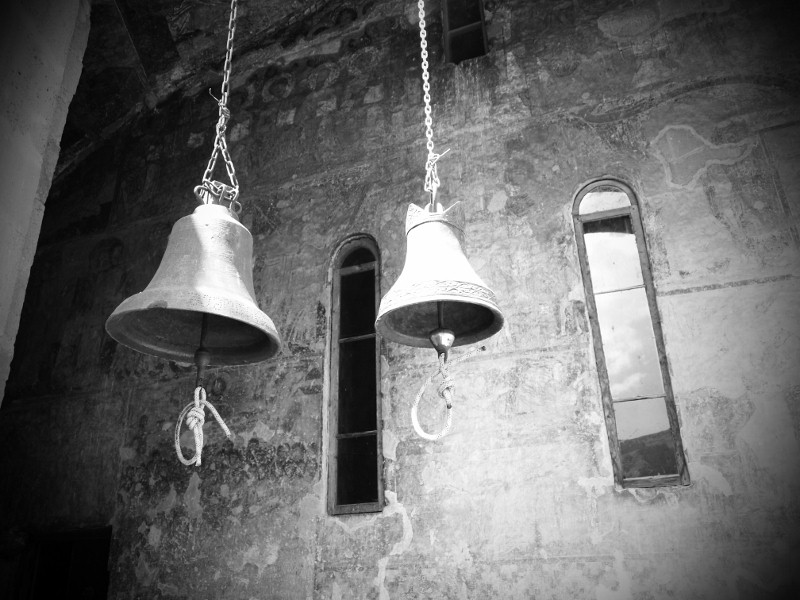 Georgia, Vardzia, church, iglesia, bells, campanas